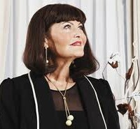 Hilary Devey - BBC TV Dragon's Den - Jane Reynolds' weekly TV Times review